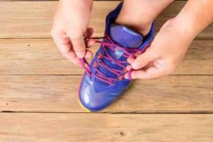 What are the Kinds of Basketball sneakers for Flat Feet Available?